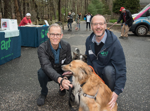 Mark Watson and ARF's Scott Howe with their former ARFans Strich and Finn