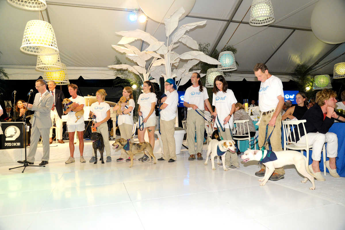 Scott Howe, Animal Rescue Fund Team==Animal Rescue Fund of the Hamptons Bow Wow Meow Ball== Animal Rescue Fund Of The Hamptons, Wainscott==August 20, 2016==©Patrick McMullan==Photo: PatrickMcMullan/PMC====