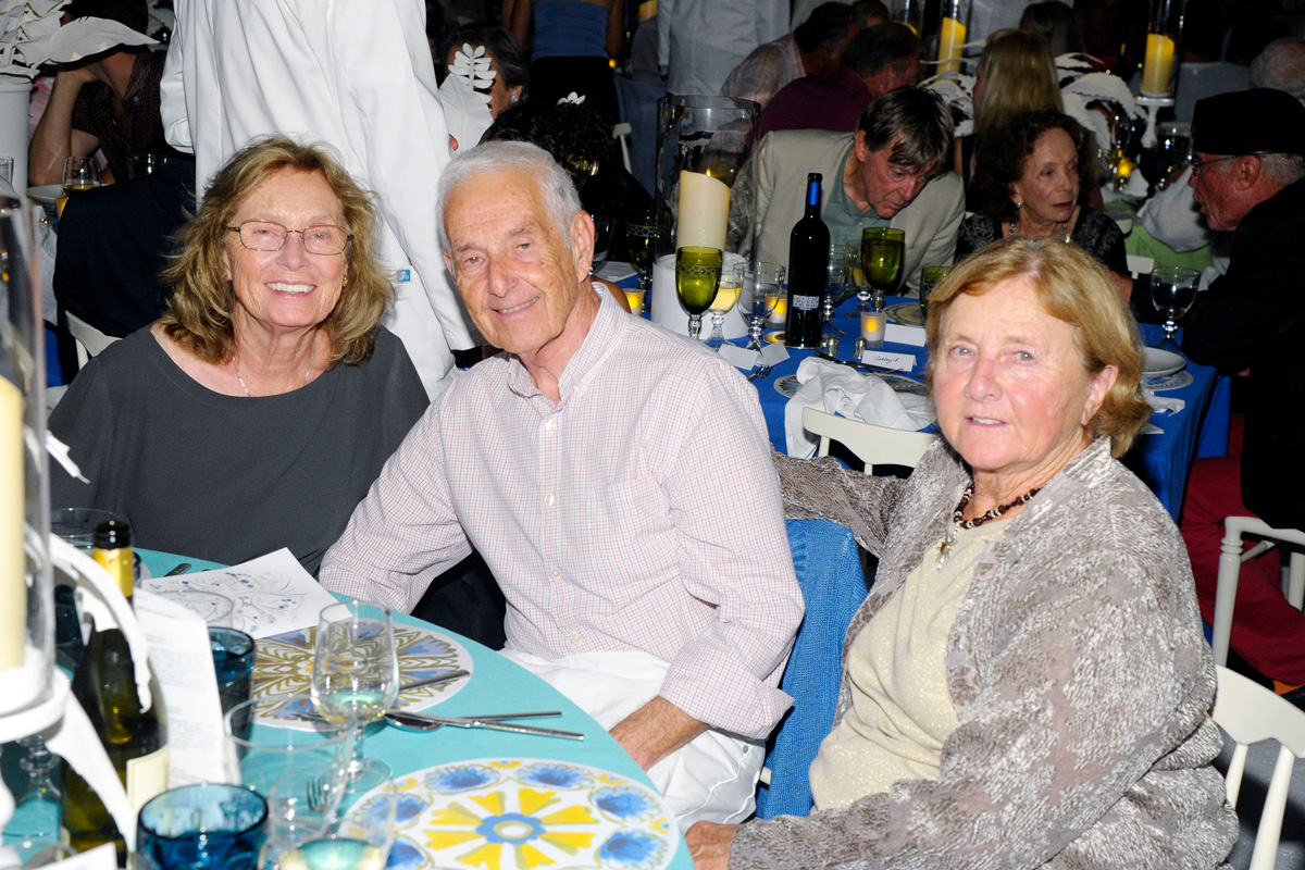 Barbara Zucker, Donald Zucker, Pat Wilson,==Animal Rescue Fund of the Hamptons Bow Wow Meow Ball== Animal Rescue Fund Of The Hamptons, Wainscott==August 20, 2016==©Patrick McMullan==Photo: PatrickMcMullan/PMC====