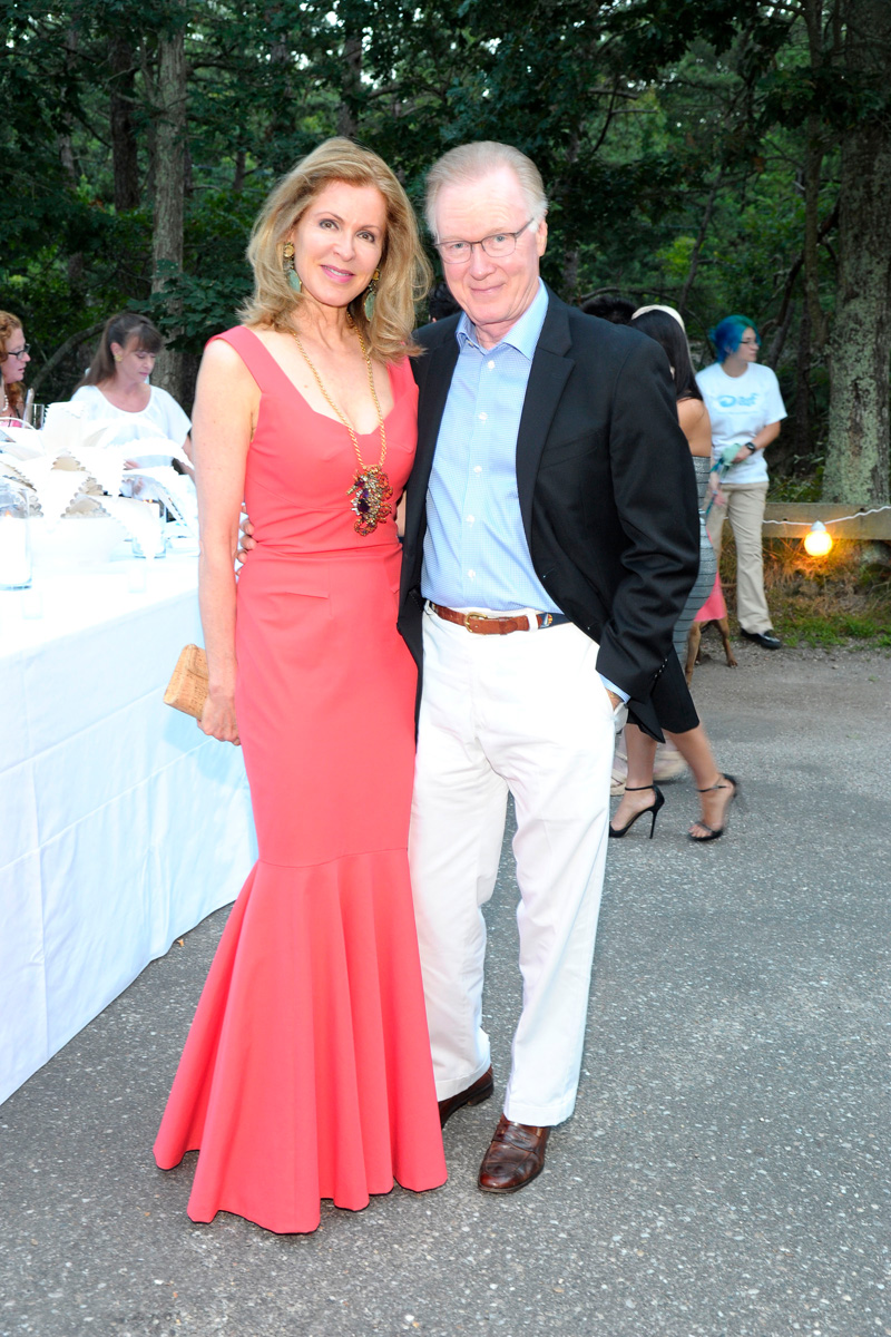 Ellen Scarborough, Chuck Scarborough==Animal Rescue Fund of the Hamptons Bow Wow Meow Ball== Animal Rescue Fund Of The Hamptons, Wainscott==August 20, 2016==©Patrick McMullan==Photo: PatrickMcMullan/PMC====