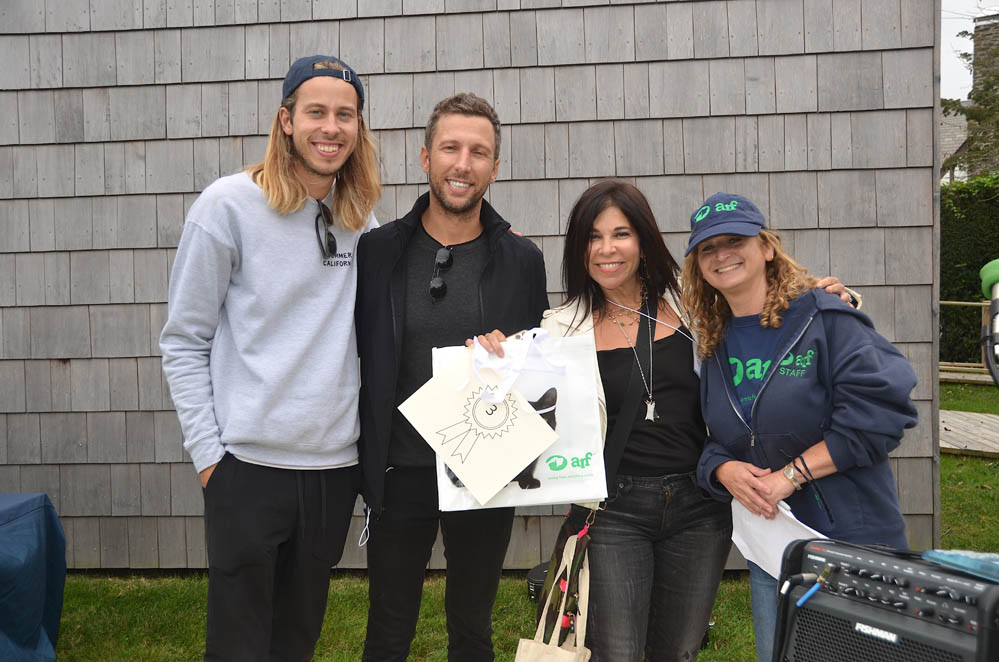 3rd Place Top Fundraisers: Team Buffy and Bentley Forever members Alec Clelland, Kurt Markowski and Sheri Rosenblatt with ARF's Jamie Berger