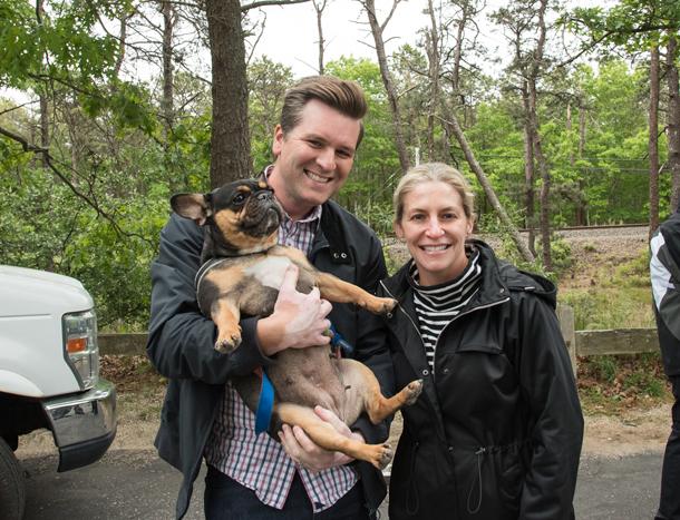Adam-and-Michele-Backman-ARF-board-with-their-dog-Vera
