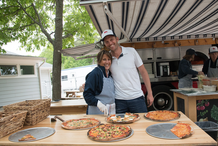 Rolling-in-Doughs-mobile-pizza-truck